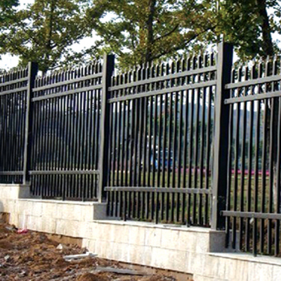 Custom galvanized fence construction fence dip spray zinc steel fence railing residential villas fence walls