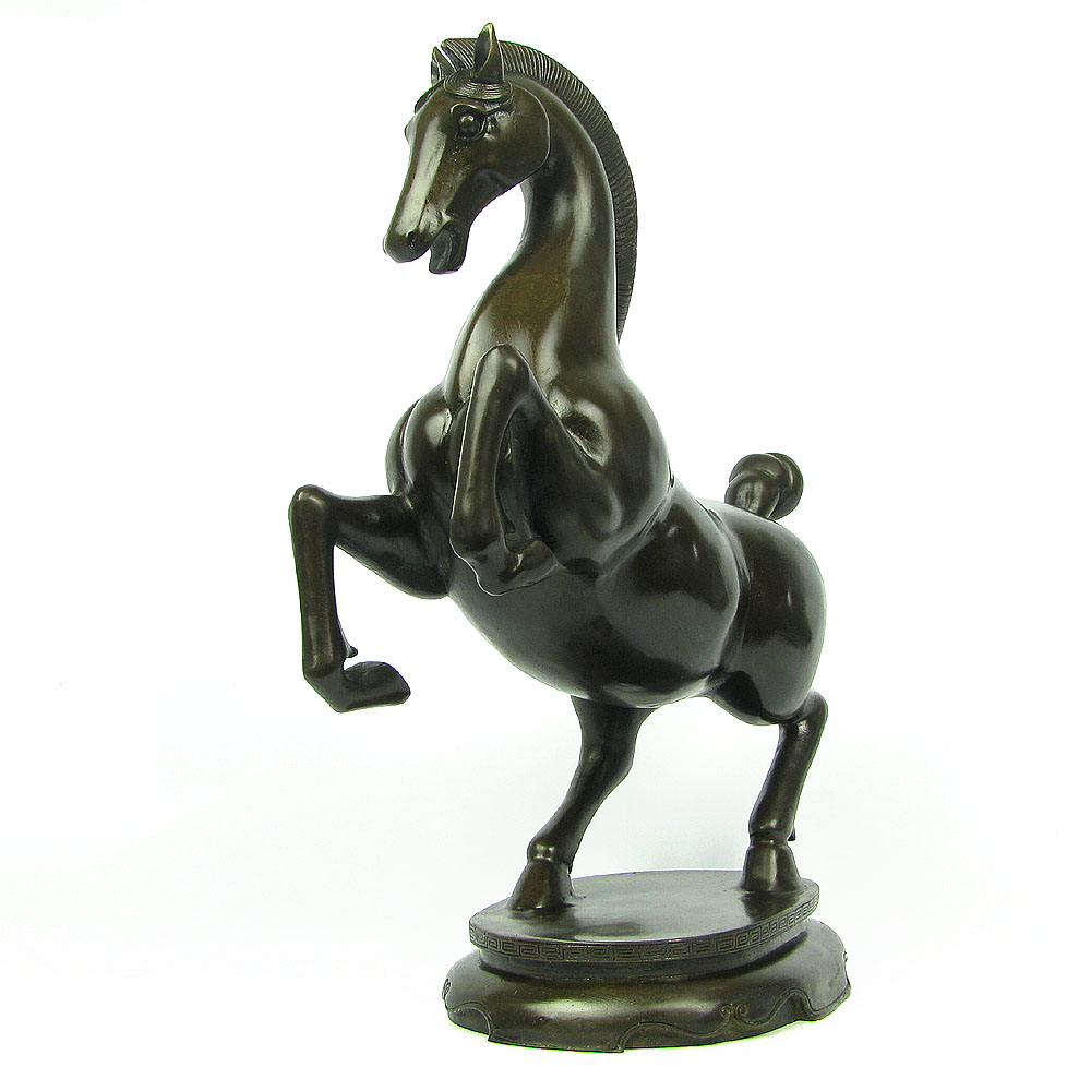 the office ornaments. Get Quotations · The Office Of Public Court Mysterious Horse Ornaments Crafts Furnishings Desk Boutique X