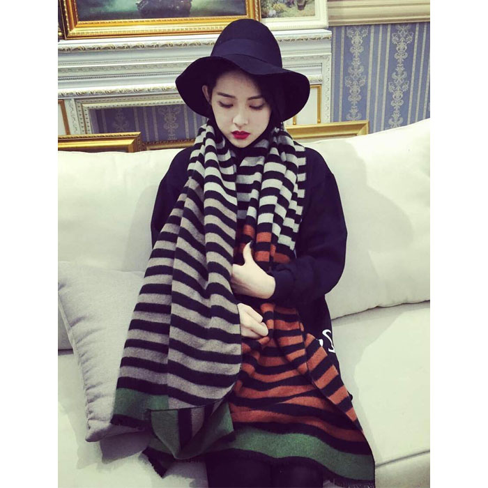 2015 new korean version of the striped scarf female winter long section influx of young students in autumn and winter thick cashmere shawl