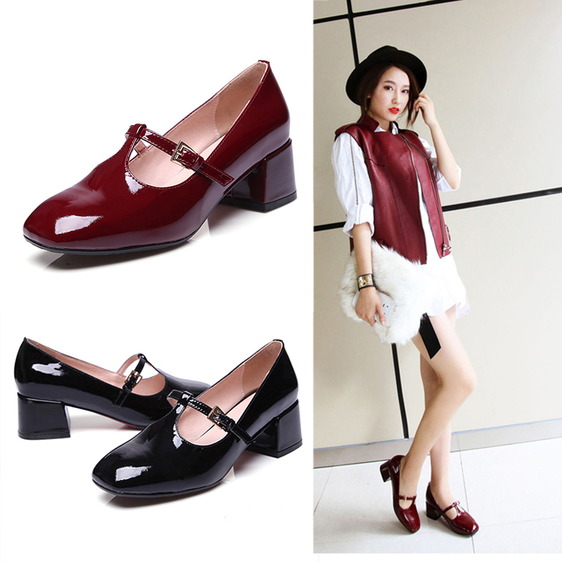 2016 new leather shoes korean version of the female round buckle with the word sets foot shallow mouth thick with patent leather casual shoes