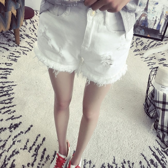 2016 spring and summer pants korean women's casual summer influx of korean version of the white broken hole frayed shorts female tide college wind