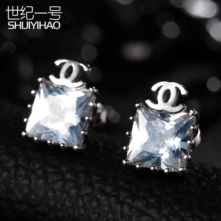 925 silver earrings female korean version of the popular sweet love fashion style earrings hypoallergenic earrings accessories free shipping