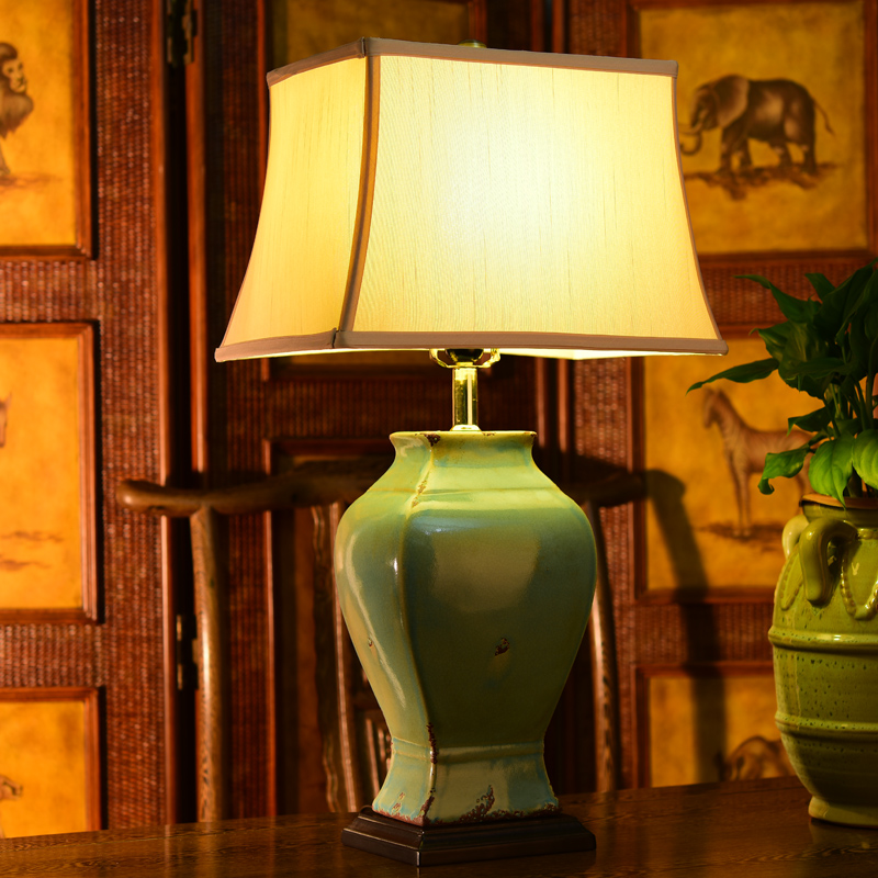 American retro ceramic table lamp villa hotel project lamp spherical lamp shaped cans