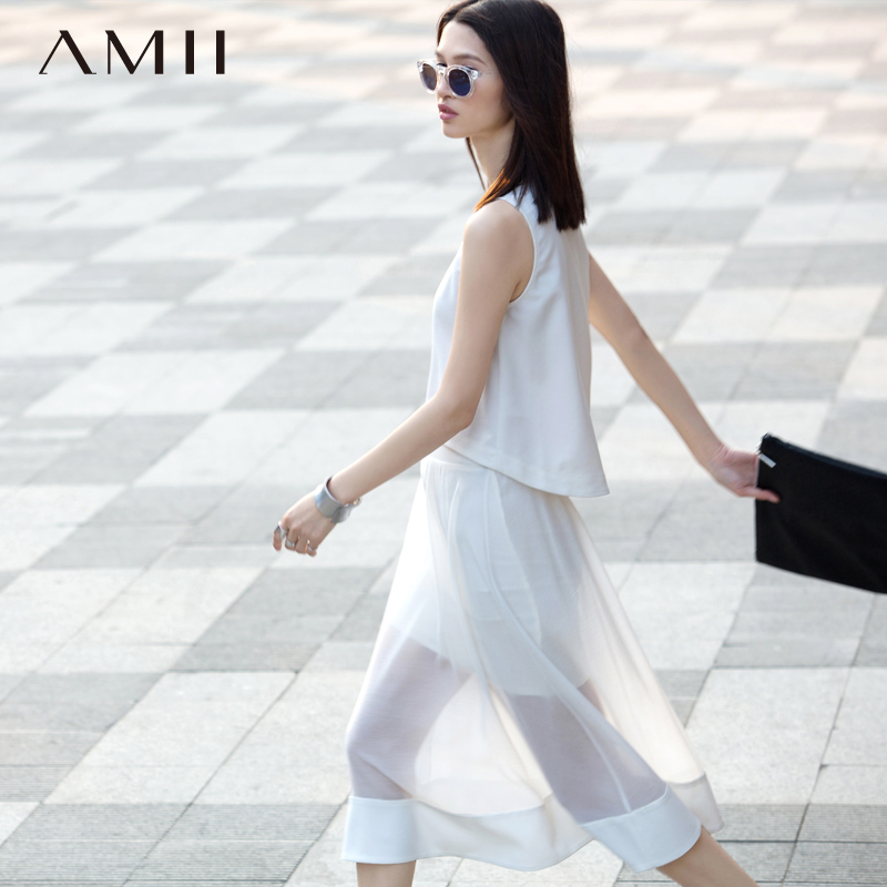 * Amii [minimalism] large size dress skirt spring and summer round neck sleeveless solid color transflective