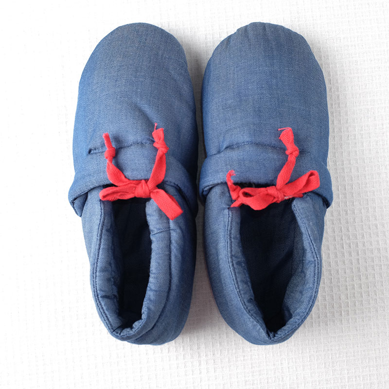 Blossoming cocoa winter home leisure cloth denim blue cotton slippers warm and comfortable soft bottom shoes home