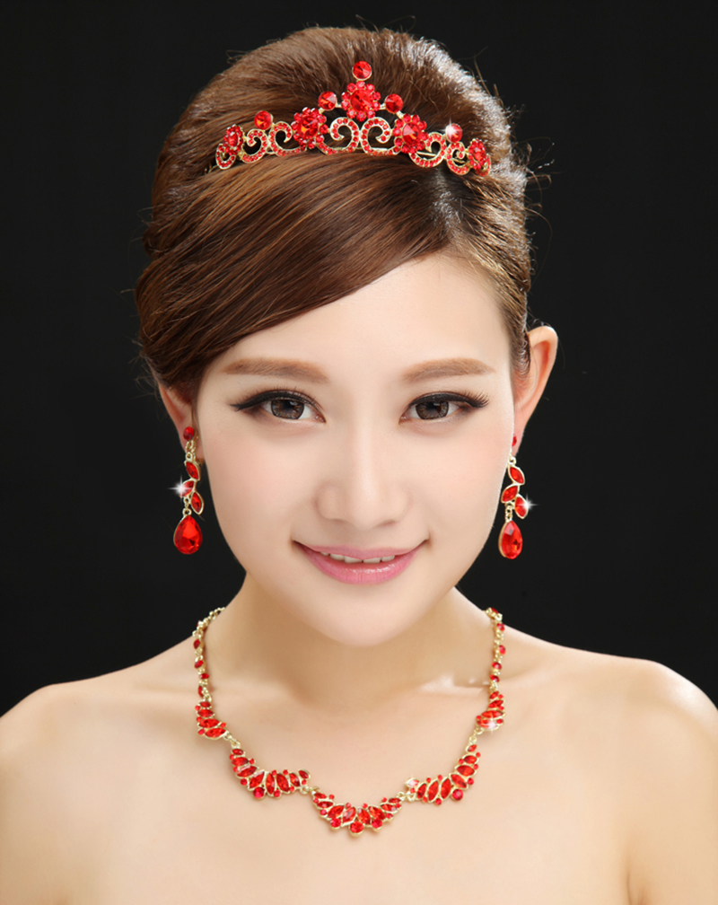 Bride wedding dress red three sets of wedding jewelry wedding diamond crown necklace earrings wedding accessories wedding jewelry
