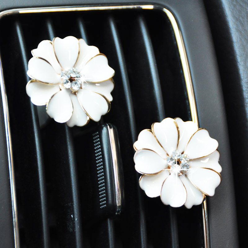 Car outlet perfume diamond paint painting flowers lovely diamond perfume car air conditioning vent clip pinch clip balm