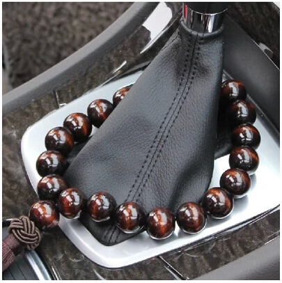 Car pendant jewelry pine beads stalls stalls rosary beads pendant car ornaments inside rearview mirror dashboard