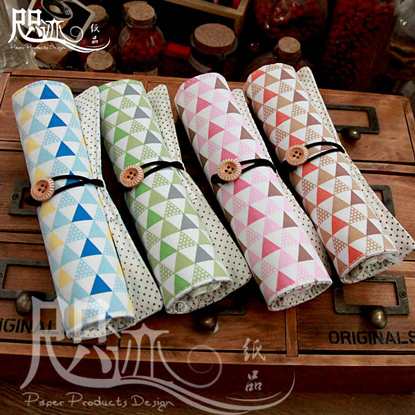 Creative stationery large capacity pen curtain roll pen pencil cosmetic bag cute male and female students double ancient stationery bag free shipping