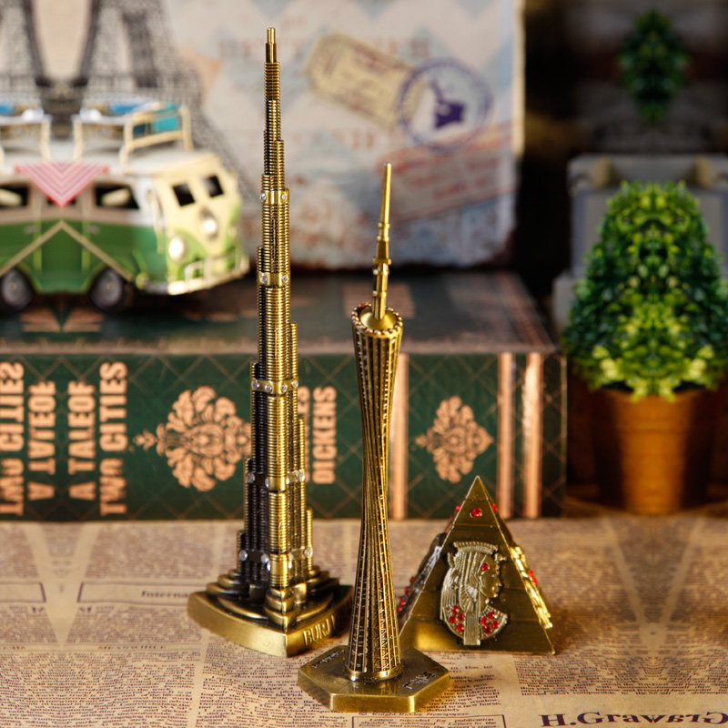 Eiffel tower vintage architectural model of creative small ornaments soft home decorations table surface iron crafts furnishings