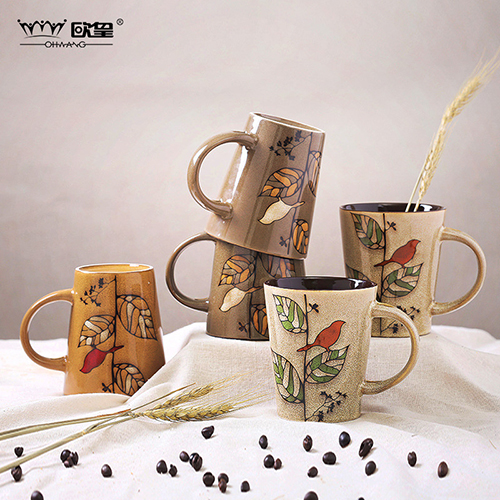 Europe huang painted ceramic mug with a spoon coffee cup creative personality minimalist office water cup milk cup couples cup