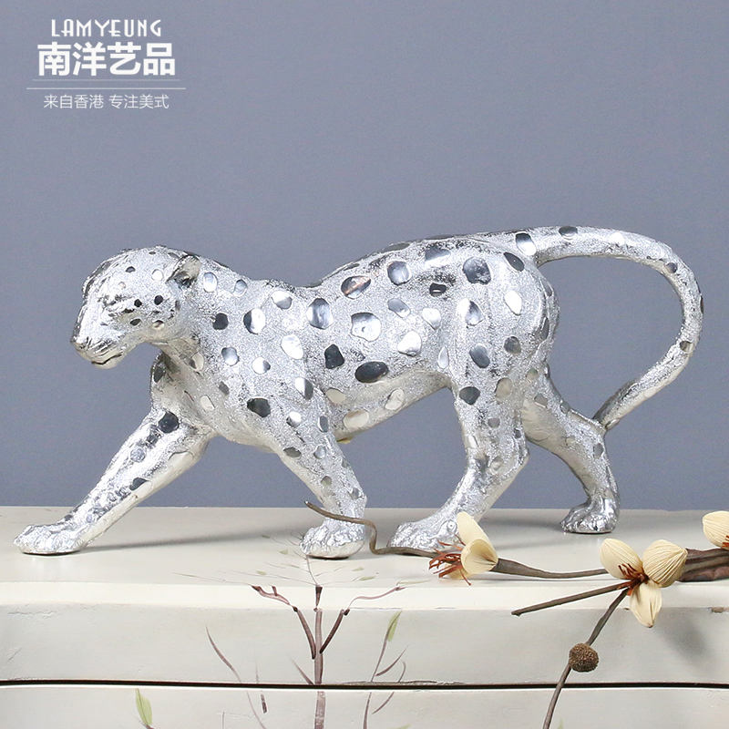 European creative crafts nantah cheetahcheetahs leopard ornaments den living room entrance wine celebration opening gifts