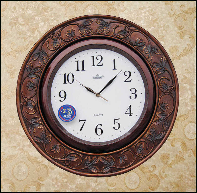 European style wall clock clock watch wall clock wall clock mute clock fashion simple living room wall clock wall clock resin archaized