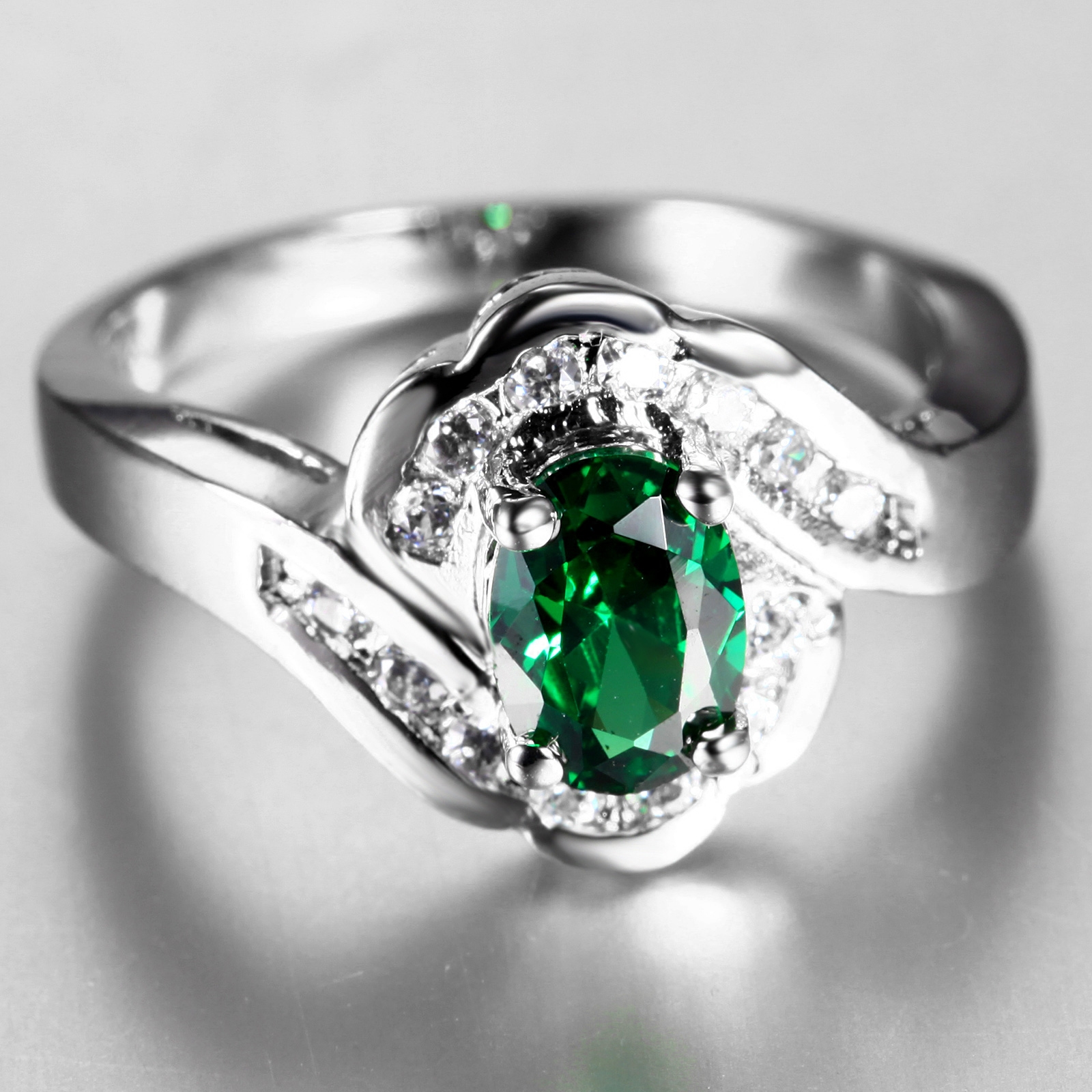 Flammable volcano green crystal ring finger ring korean female models fashion 100åªsynthetic crystal jewelry lovers ornaments