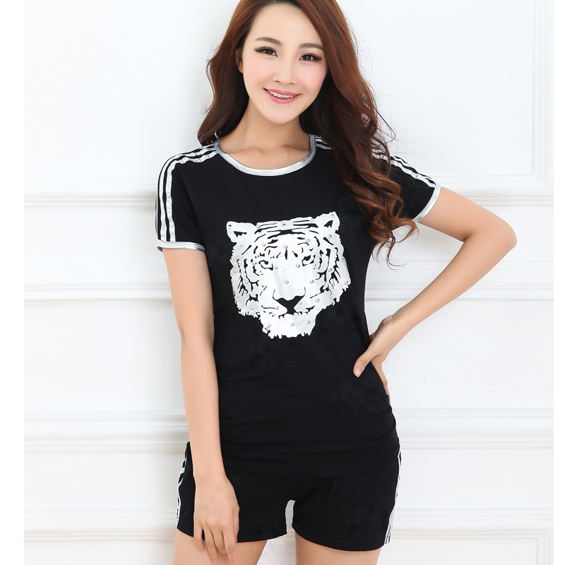 Free shipping new spring and summer short sleeve casual shipped move korean version of large size women sports suit female summer shorts fat mm