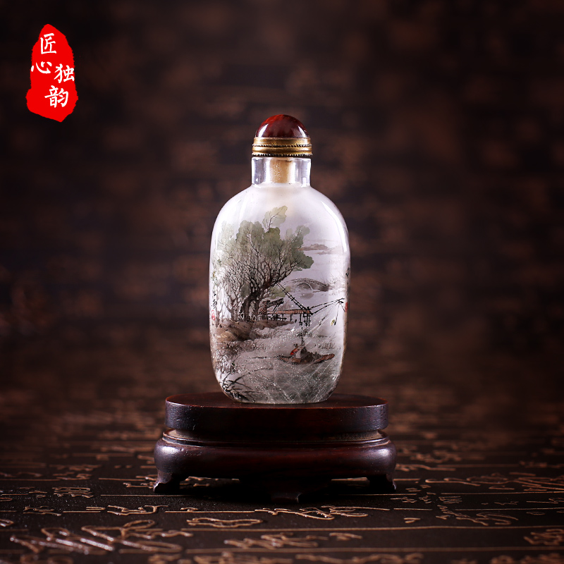 Ingenuity alone rhyme special collection of natural crystal snuff bottle inside painted landscape painting