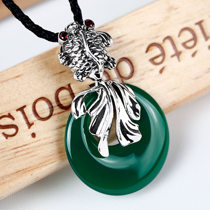 Ka shun 925 silver retro thai silver fish necklace sweater chain exaggerated green chalcedony agate pendant large female models silver jewelry