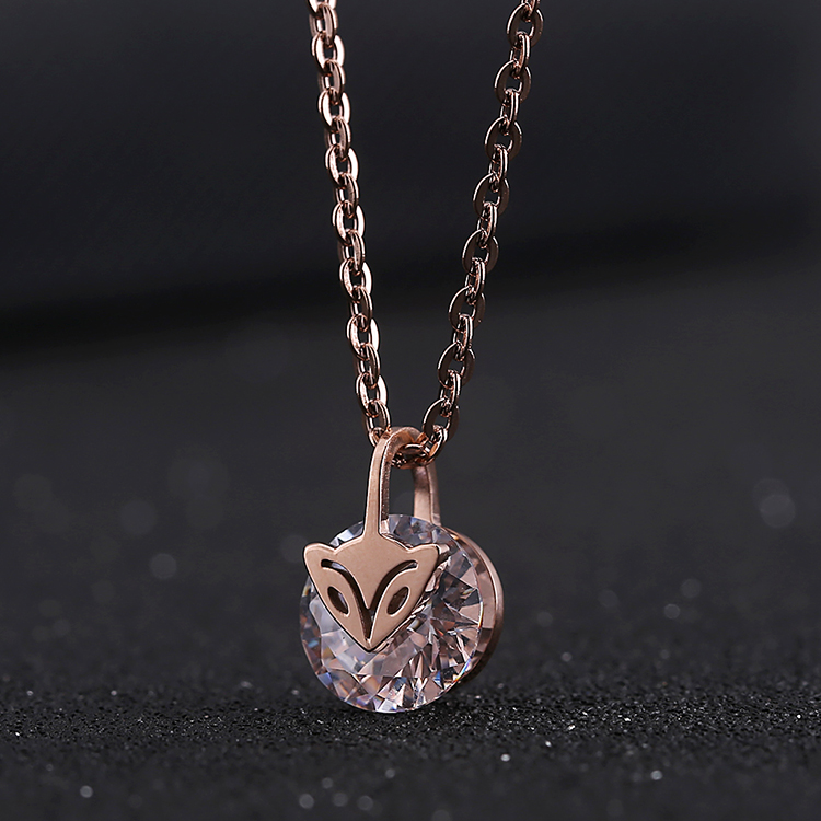Korean fashion charm wild diamond crystal pendant small fox rose gold plated titanium steel necklace clavicle