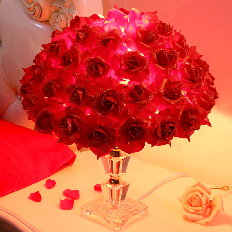 Lantern festive red roses creative marriage room decorated marriage room layout wedding supplies wedding supplies y-47