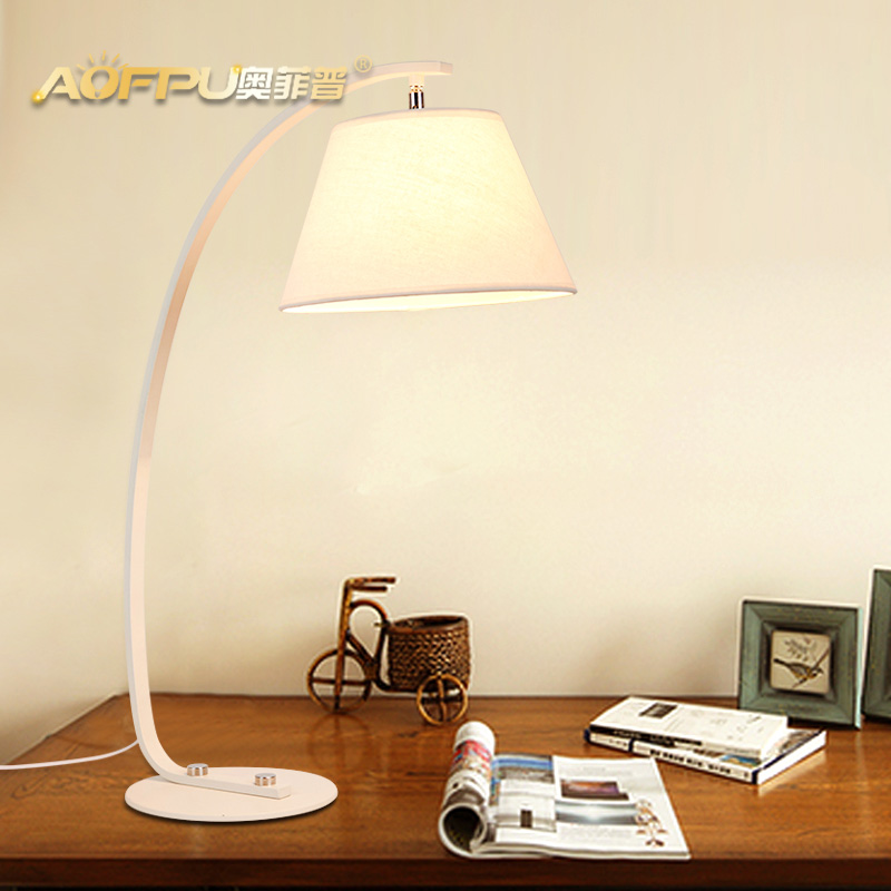Led lamp eye study creative fashion cozy bedroom bedside lamp energy saving lamp modern minimalist bedroom study
