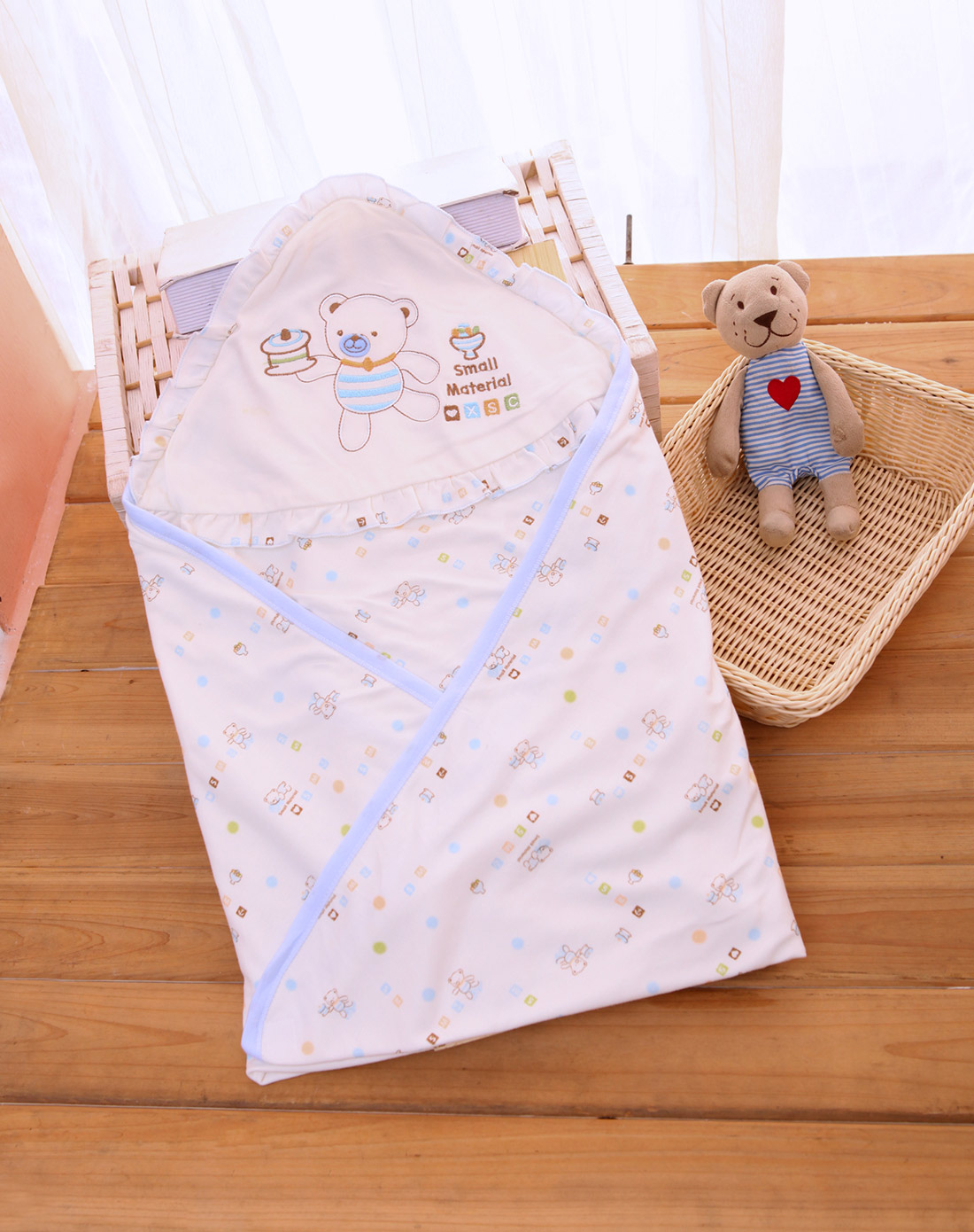 Little material newborn hold is autumn and winter bamboo fiber baby newborn baby infant spring and autumn peridium infant blankets