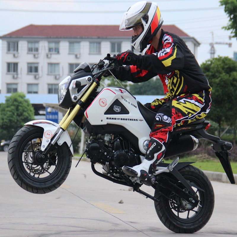 M3 large doll little monkey motorcycle 125cc-150cc motocross mini sports car street car can be on the cards