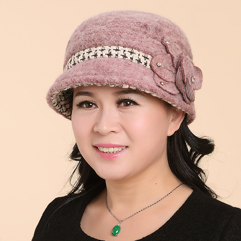 Ms. autumn and winter in the elderly mom elderly woman in winter hat bucket hats wool hat knitted hat lady hat warm hat