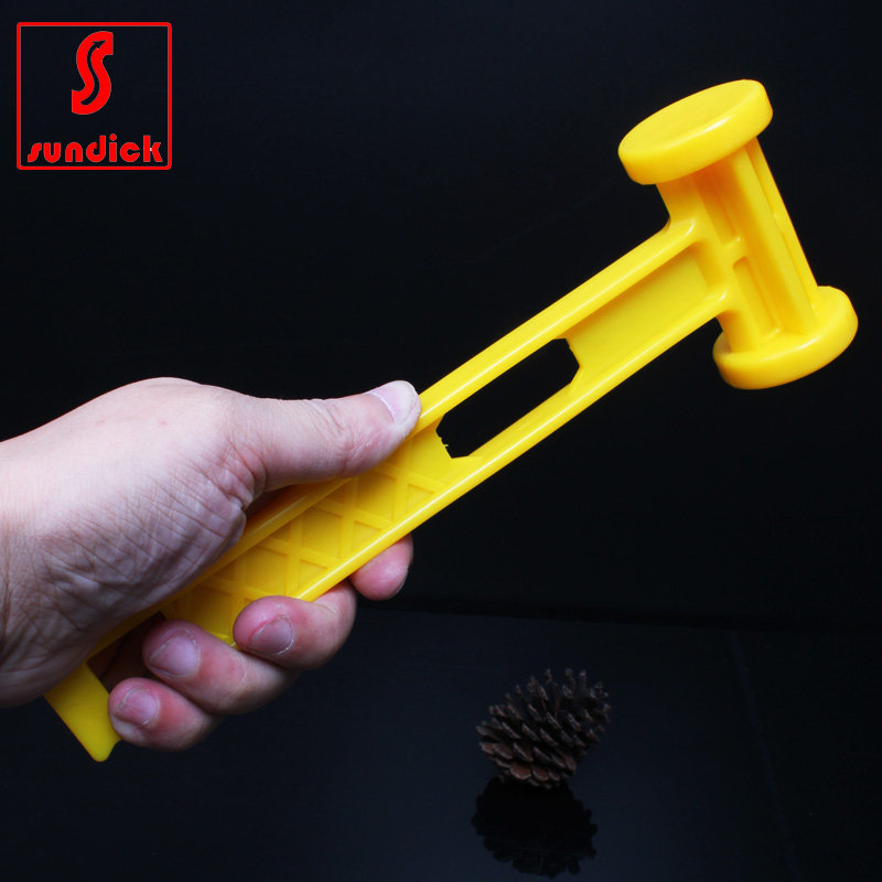 Multifunction outdoor camping tent hammer plastic hammer to hammer survival camping accessories nail puller