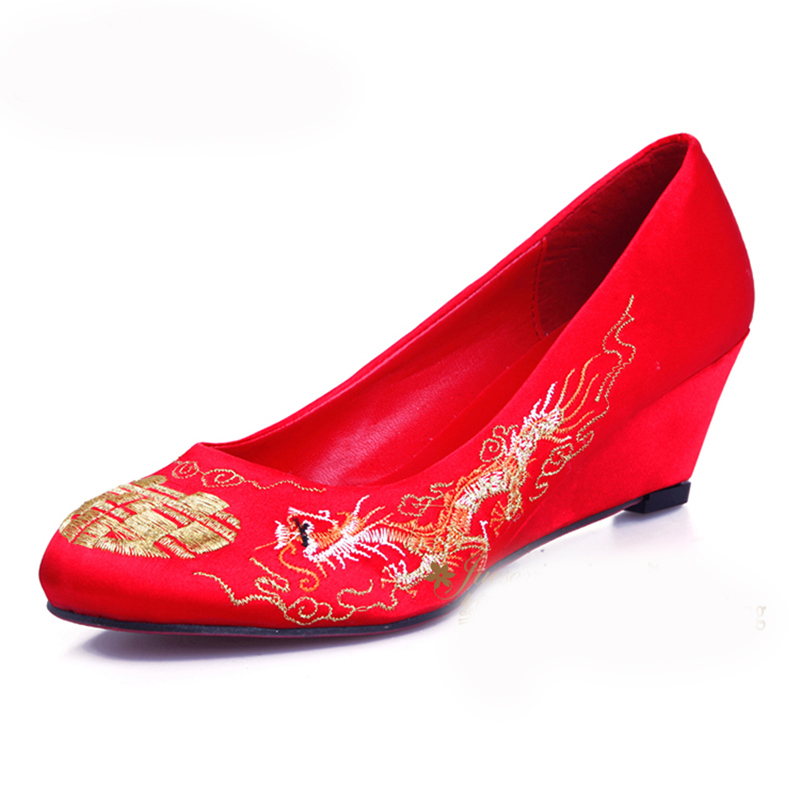 Never embroidered bride red bride wedding shoes red shoes chinese cheongsam dress gown dragon embroidered wedding shoes with slope