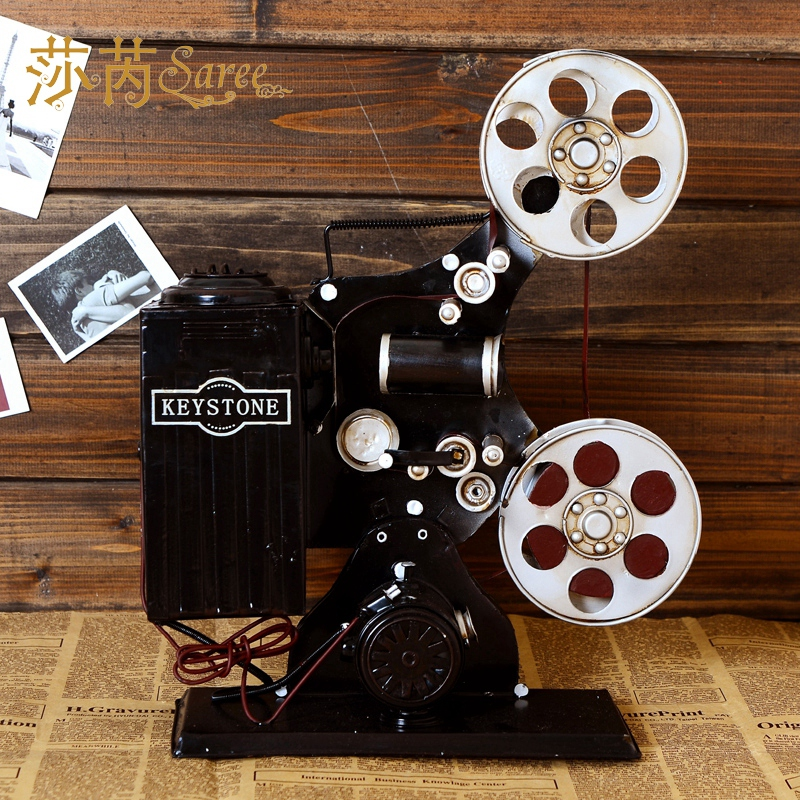 Nostalgic old fashioned莎芮between projector model ornaments photography props decorations cafe furnishings showcase exhibit