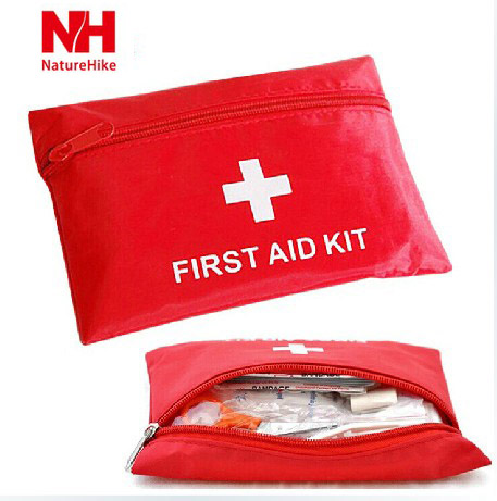 Outdoor survival camping trip first aid kits medical kits medical kits suit personal protective portable car home