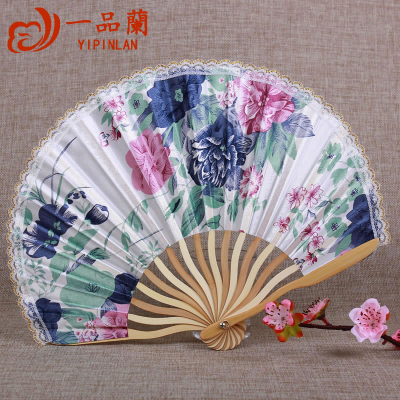 Pentland a fan chinese style lace lace female folding antiquity folding fan silk fan silk fan japanese folding fan and fan summer