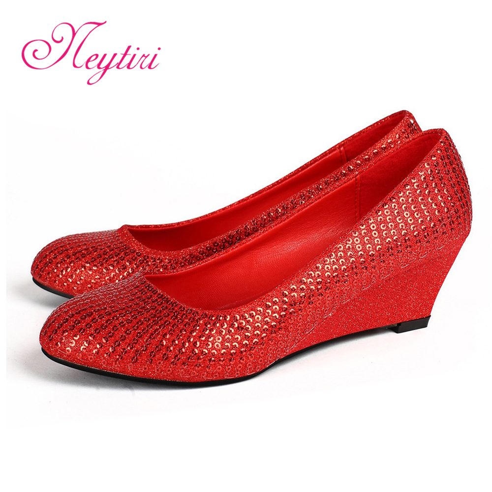 Red bridal wedding shoes wedding shoes dress shoes bridal shoes slope with shiny