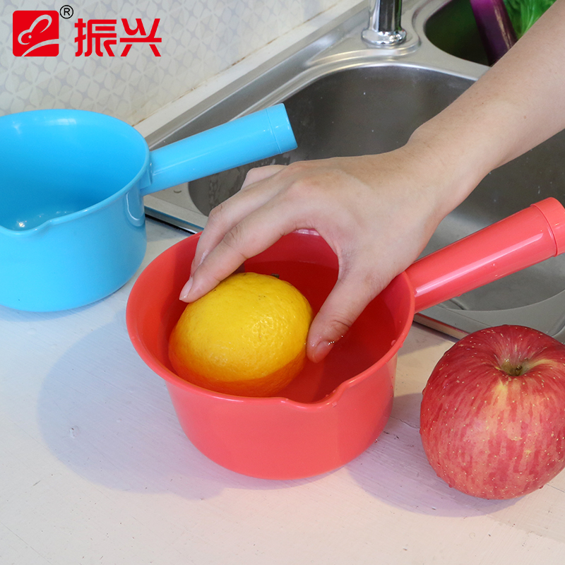 Revitalization of plastic spoon to scoop water bailer thick skillet bailer bailer flood spoon kitchen supplies bathroom with a mouth