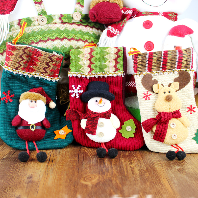 Sensitive to the medium christmas socks knitted socks socks santa claus on christmas eve gift bag cartoon decorations
