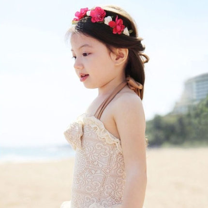 Small children swimsuit girls conjoined korean lace baby princess small children may love hooded girls swimwear