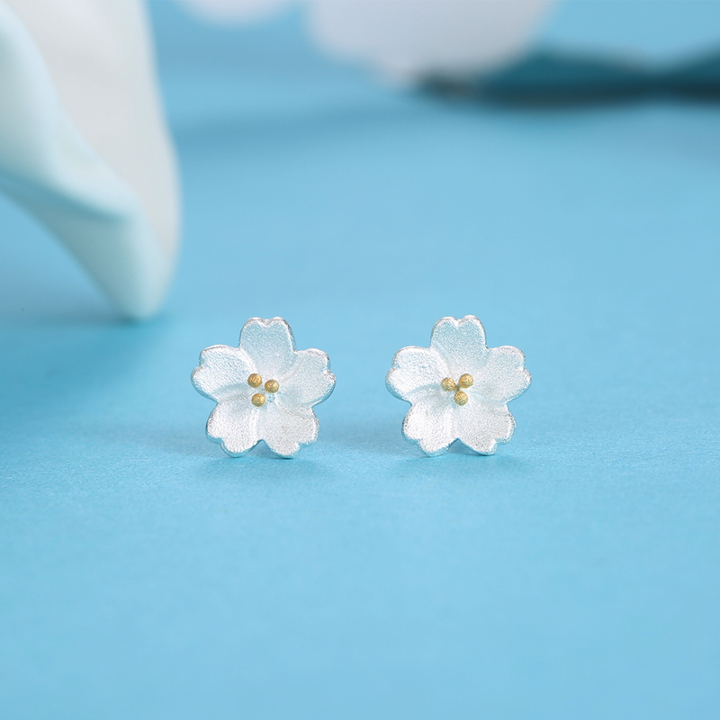 Small green leaves s925 silver earrings cherry ms. small fresh fashion cute flower earrings hypoallergenic silver jewelry