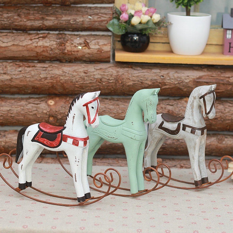 Small horse rocking horse rocking horse decorative ornaments nordic american country pastoral home accessories resin crafts