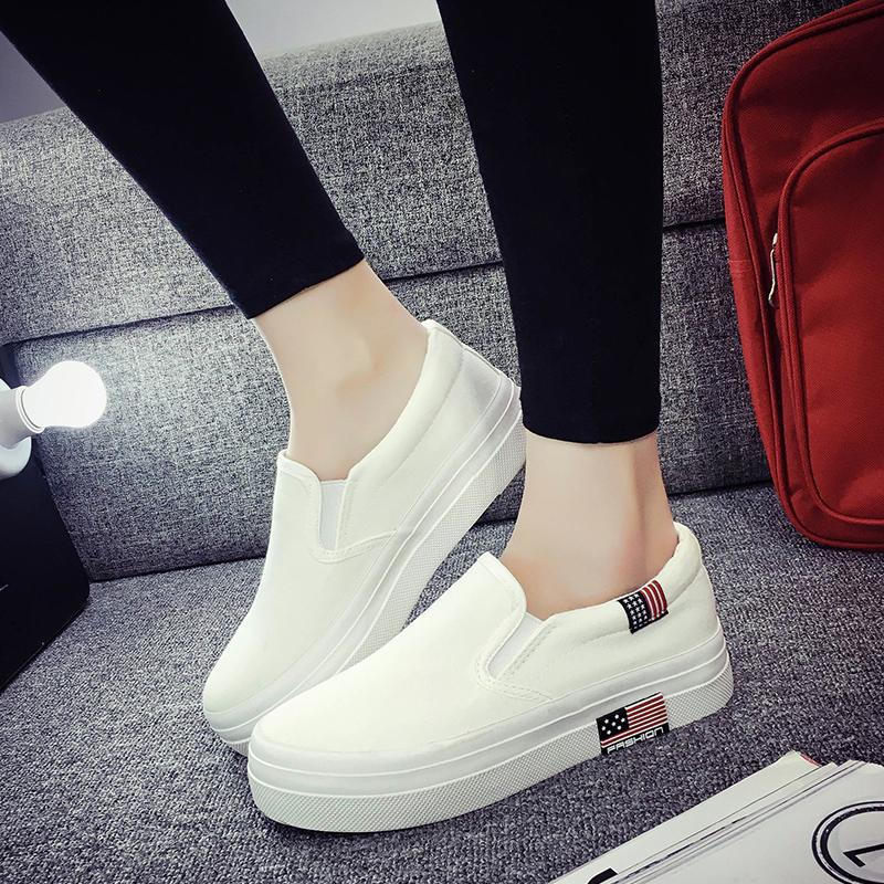 Spring and summer canvas shoes with flat bottomed women casual shoes a pedal flat shoes lazy loafers shoes korean version of white shoes