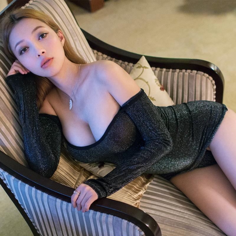 Sexy taiwan girls in stockings pic 841