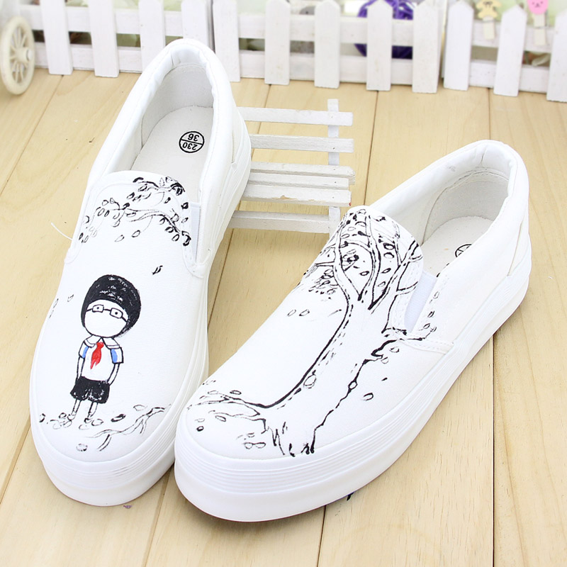 Taurus painted shoes canvas shoes thick crust carrefour shoes women shoes white shoes casual shoes in summer and autumn ladies college Influx of men