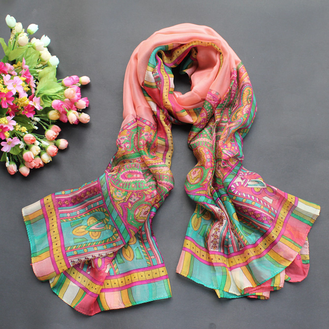 The new fashion ladies bohemian scarves printed scarves oversized beach towel sunscreen shawl scarf female