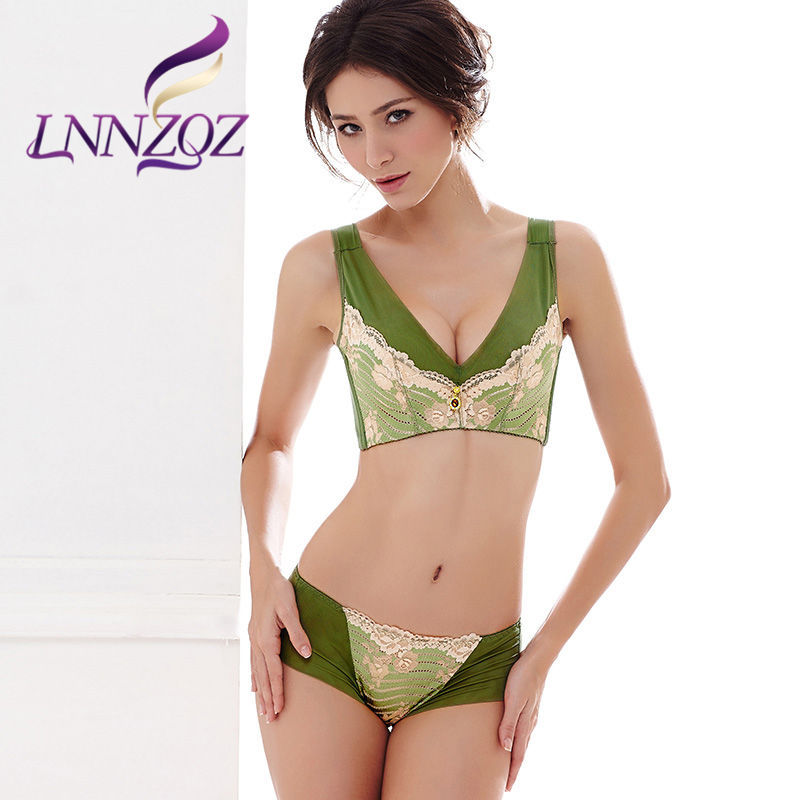 The new ms. lnnzqz ms. sexy lace underwear gather deep v adjustable bra set 1206