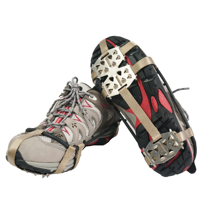 The new outdoor climbing crampons slip 24 teeth crampons snow shoe slip simple nail with claw send pouch