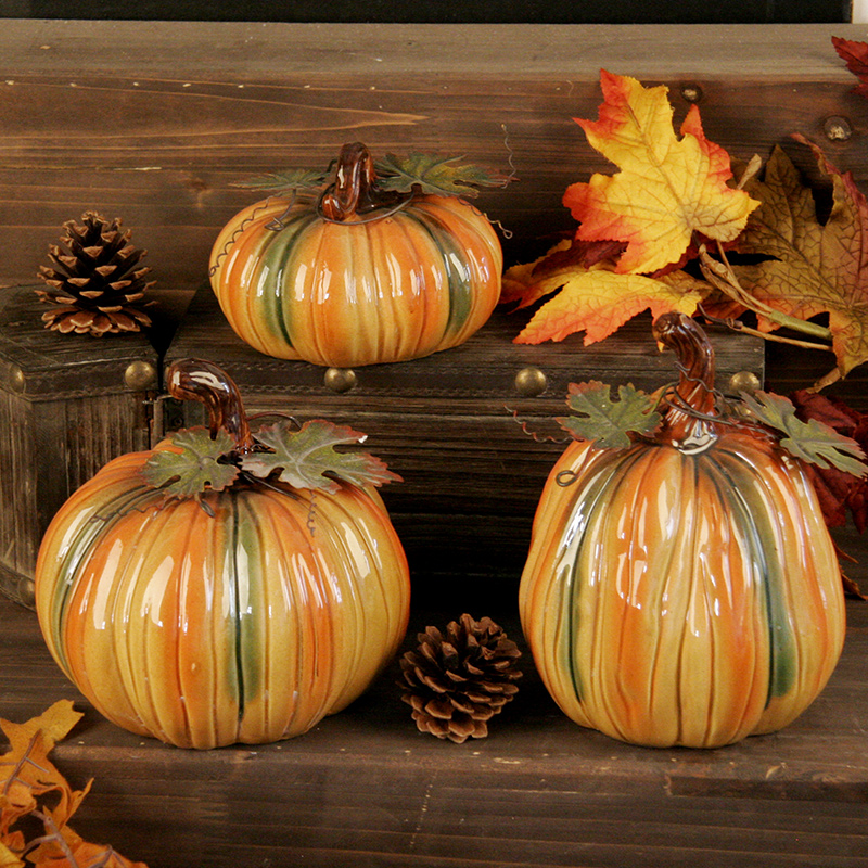 The new ushop ceramic pumpkin harvest festival holiday decorations ornaments three sets of exquisite gift ideas