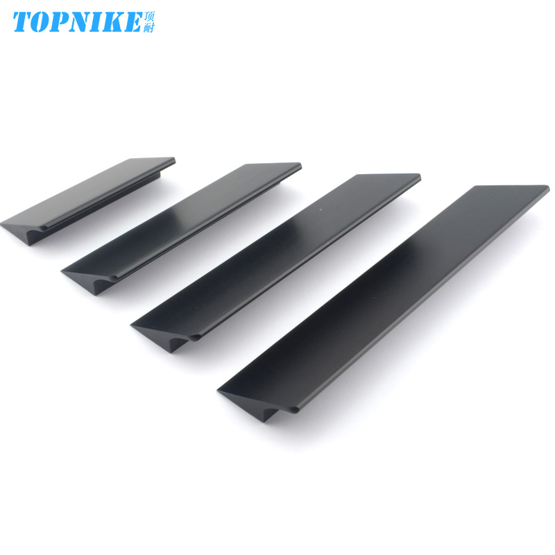 The top of the resistance of american modern minimalist matte black space aluminum kitchen cabinet door handle handle handle hidden invisible