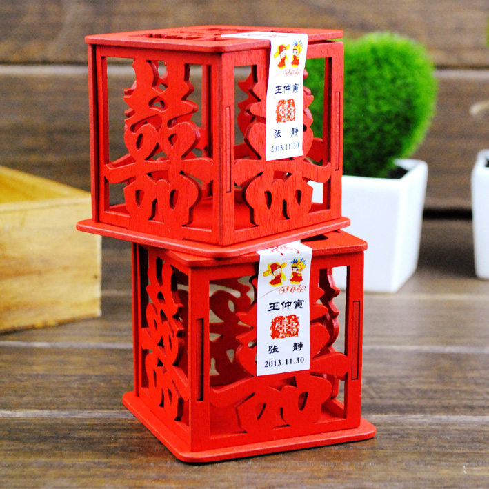 Thousands of fate love wedding supplies new wedding creative wedding candy box chinese red wooden hollow hi word candy box