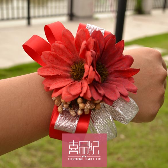 Wedding supplies big red wedding wedding wedding bride bridesmaid sisters hand flower wrist flower