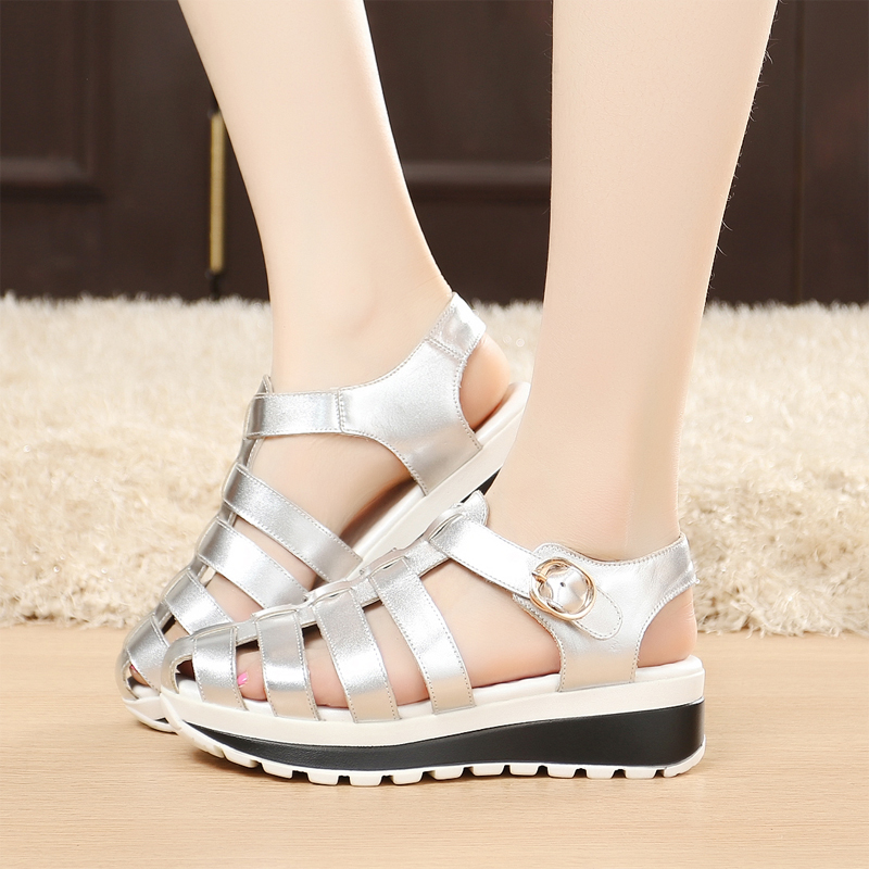 2016 summer shoes in baotou summer sandals female slope with thick crust muffin with roman shoes leather shoes student shoes