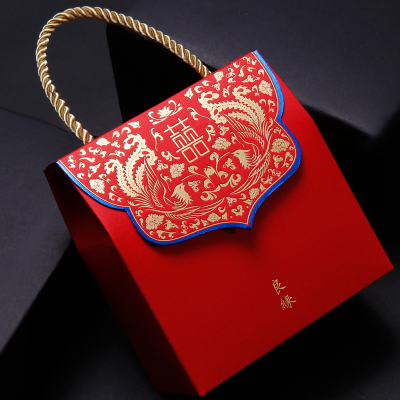 Amidst the collection of red chinese wedding creative wedding candy box candy box candy bags wedding supplies cartons